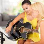 guitar tutor teaching