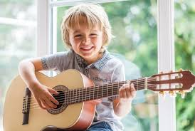 What Guitar Lessons Offer For Students Of All Ages & Skill Levels